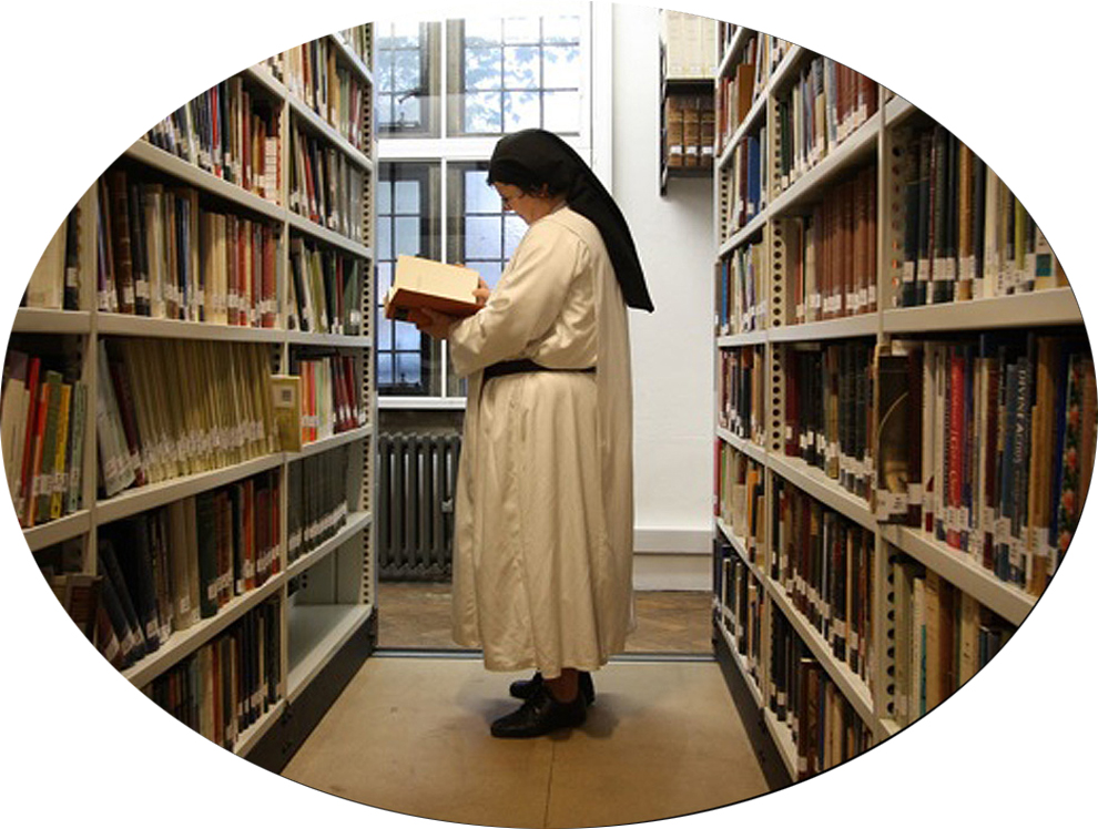 A sister in the Library at Blackfriars, Oxford, where she was  studying for an STL.